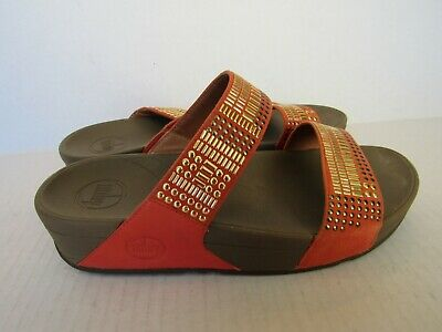 f8da41132 Fitflop Micro Wobbleboard Women s Studded Orange Flip flop Sandals Size 7