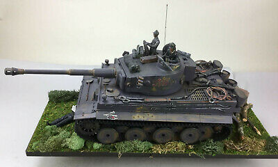 Imex Taigen RC Tank Tiger 1 Panzerkampfwagen Tiger Ausf. E - With Custom Display