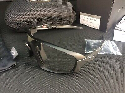 92b6b3bc48152 NEW  OAKLEY FIELD JACKET BLACK   CLEAR BLK PHOTOCHROMIC SUNGLASSES ...
