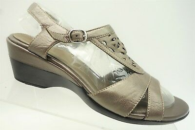 b8e595988d4 Clarks Bronze Leather Casual Buckle Ankle Strap Wedge Heel Sandals Women s  8.5 M