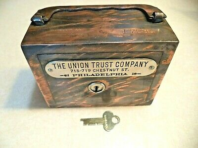 W.f.burns Co. Union Trust Co. Philadelphia Pa. Patented 1901  1 Key  Antique