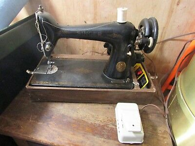 Singer Electric Sewing Machine Model 66 w/ Power Pedal & Case AG278150 year 1941