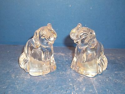 Adorable Pair Of Clear Glass Elephant Salt And Pepper Shakers