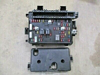 2002 2003 chevrolet trailblazer lt interior fuse box assembly