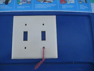 Vintage *** SIERRA ELECTRIC *** 2-Gang Ribbed Style Toggle Switch Wall Plate USA
