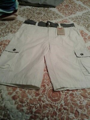 Levi's CARGO shorts WITH BELT  10 REG. NWT