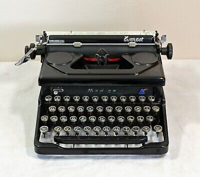 Typewriter. Everest Model 90. 1947.Fully Professionally Serviced. With Warranty