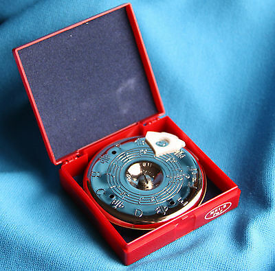 Kratt Chromatic Pitch Pipe with Note Selector and Carrying Case, F-F, MK1-S