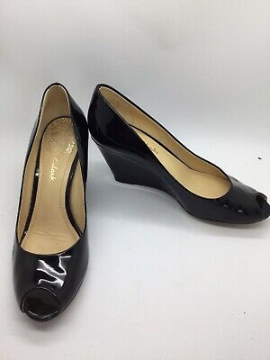 58bd63600f3 Ladies CLARKS Black Patent Leather Wedge-Heel Peep-toe Shoes Size 5 D Exc
