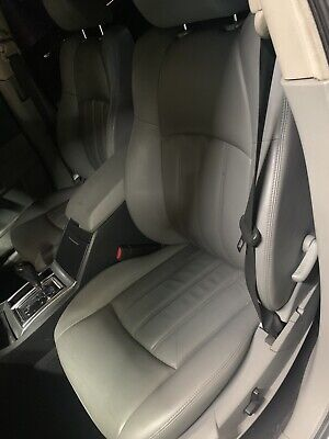 Front Grey Leather Look Car Seat Covers For Chrysler 300C Estate 06-10