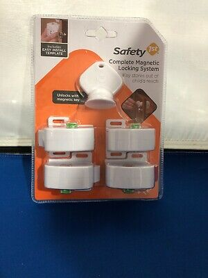 Safety 1st Magnetic Cabinet Locks, 4 Locks + 1 Key HS132