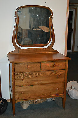 Antique  Oak Bedroom Dresser  Chest   Mirror  Brass locks /  key