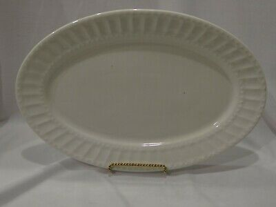 """Regalia White by GIBSON DESIGNS 12"""" Oval Platter"""