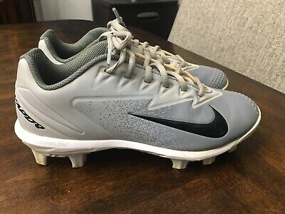 ffb9a2a92fc82 EUC NIKE BOYS Lightweight Performance Baseball Cleats Size 1Y ...