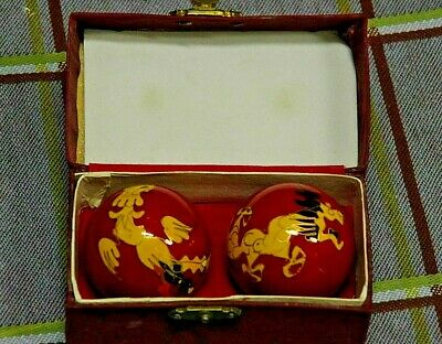 Vintage Chinese Baoding Meditation Oriental Design Exercise Stress Chime Balls