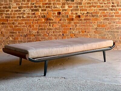 Stunning Mid Century Design Cleopatra Daybed by Dick Cordemeijer for Auping