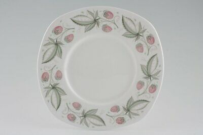 Susie Cooper - Wild Strawberry - Plain Edge - Cake Plate - 88755Y