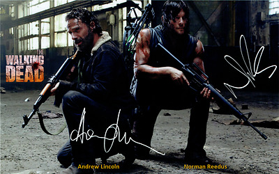 The Walking Dead - 039 - Cast Signed x 2 (Norman Reedus + Andrew Lincoln)