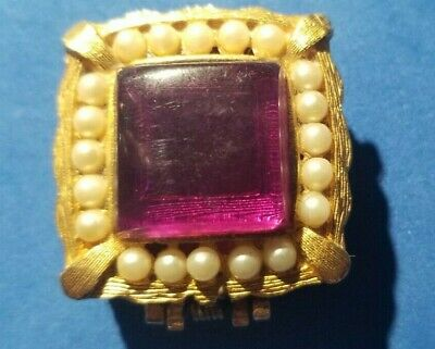 Vintage Perfume Solid Gold Tone Square Compact w/ Saphire Colored Stone