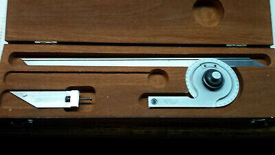 Starrett No.359 Vernier Bevel Protractor with Vernier scale in wood case