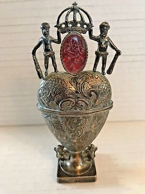 Rare Antique 1740 Danish Sterling Silver Gilt Hovedvansaeg Vinaigrette Spice Box