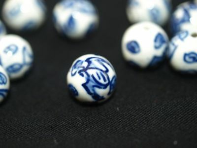 Pair of Vintage hand Painted Blue White Porcelain Chinese Bead Bat Round 12mm