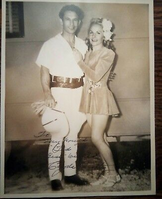 CLYDE BEATTY AUTOGRAPH - SIGNED & INSCRIBED 1940's SEPIA PHOTOGRAPH w/Wife