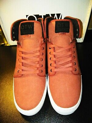 8ed6993b2e NEW Authentic VANS OTW Alomar 2010 Stone Washed Canvas Red Shoes Sz 10.5 Hi  tops