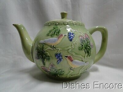 """West Germany Majolica Birds & Grapes 230, Green: Teapot & Lid, 6 1/2"""", As Is"""