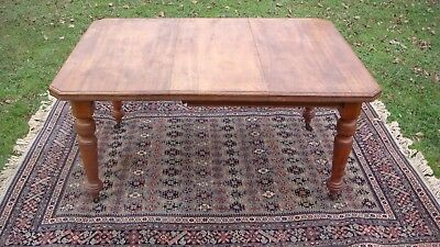 Extending Victorian Mahogany wind out Dining table original handle & castors