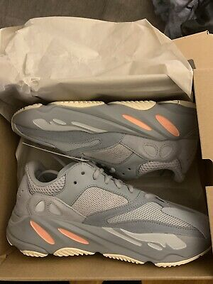 fcdc53a714a NEVER WORN YEEZY 700 Boost Wave Runner size 9   10 available ...