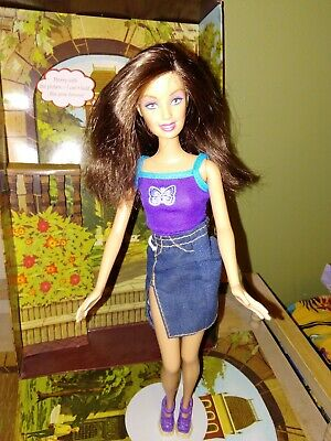 1999 Brunette Barbie Doll in Original Outfit + Shoes