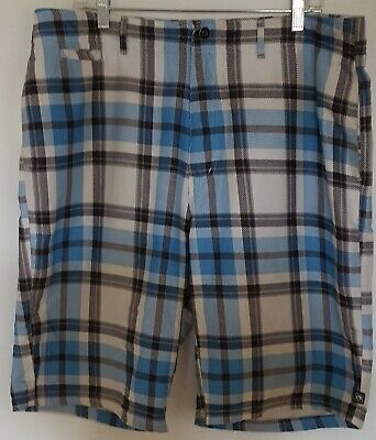 30a6a0cdbd Ocean Current Men's Blue/black/white Plaid Polyester 5-Pocket Shorts In Size