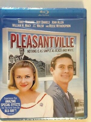 Pleasantville (Blu-ray Disc, 2011)(NEW) Tobey Maguire, Reese Witherspoon