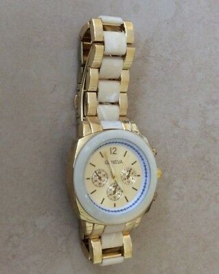 Geneva Gold & Beige Tortoise Watch Round Gold Dial Matching Linked Band New!