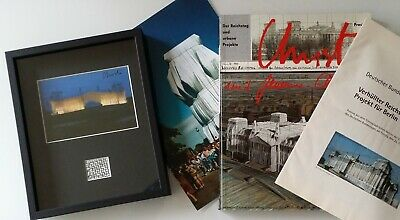 Christo Javacheff: Wrapped Reichsta, 1995, artcard signed and original fabric