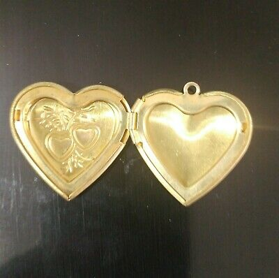 Victorian Trading Co 3 Art Deco Gold Tone Heart Lockets Pendant Only 28N