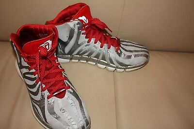 low priced e0f08 a8e51 LIMITED EDITION ADIDAS by DERRICK ROSE basketball trainers, size UK 11.5 USA  12