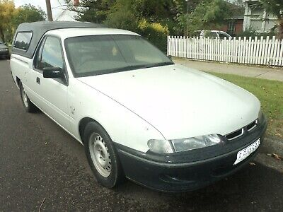 Holden 1999 Commodore VS Series 3 V6 manual ute very nice original car Reg & rwc