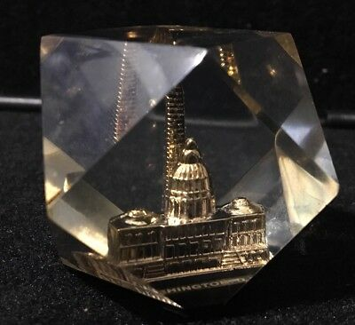 White House Washington Monument DC Paperweight 3D Acrylic vintage
