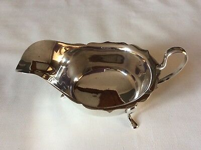 Silver sauce boat Sheffield 1933 by e viners