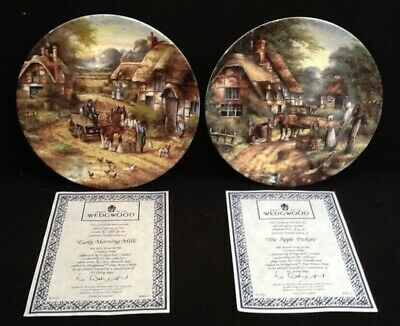 2 Wedgwood Collector Plates From The 'Country Days' Collection (A1/04)KW