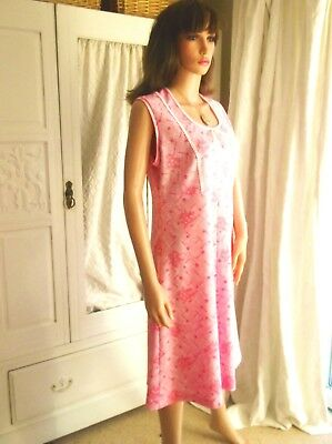 Vintage 60s Baby Pink Floral  crimpelene Dress MOD Gogo Scooter Shift Mini 12-14