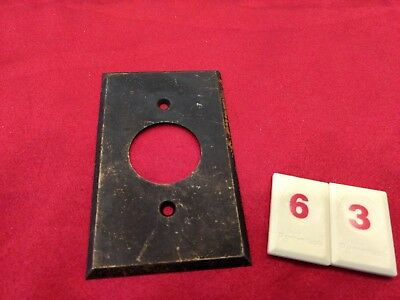 Vtg Brass Single Gang Single Hole Outlet Wall Plate Cover - 10/18 - R63 - Jr