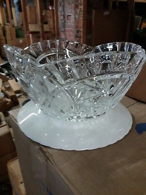 "24% Lead Crystal Fruit Bowl.8.5""."