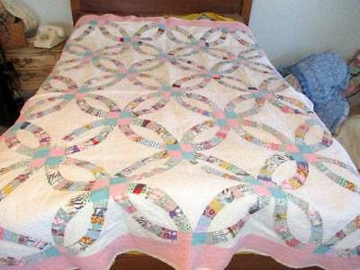 Vintage 1925 Hand Stitched Double Wedding Ring Quilt Feed Sacks Aqua & Pink