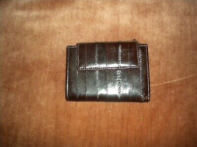 New Brown  Genuine  Eel Skin Leather Wallet S And Snap Out Side With Defect