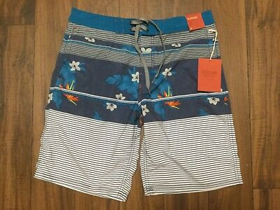 83c09e20d6 Mossimo Supply Shorts Below Knee 22