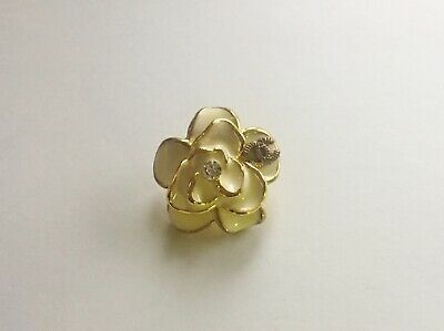 VINTAGE CHANEL FLOWER BUTTONS IVORY GOLD  SIZE 1 in