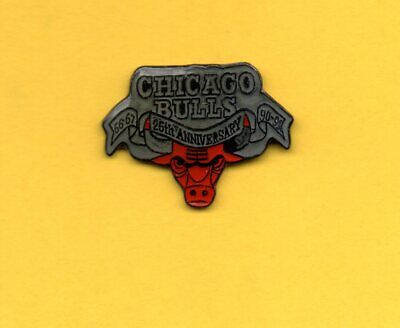 Pin's Pins NBA Basket-ball américain CHICAGO BULLS 25th anniversary Taureau